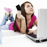 Kodėl rūbai internetu pastaruoju metu itin populiarūs?