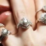 Moterų svajonė – žiedai su deimantais