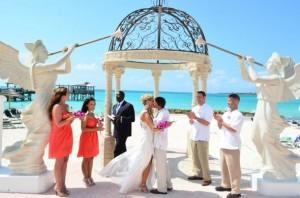Vestuvės užsienyje: jaunavedžių rojus