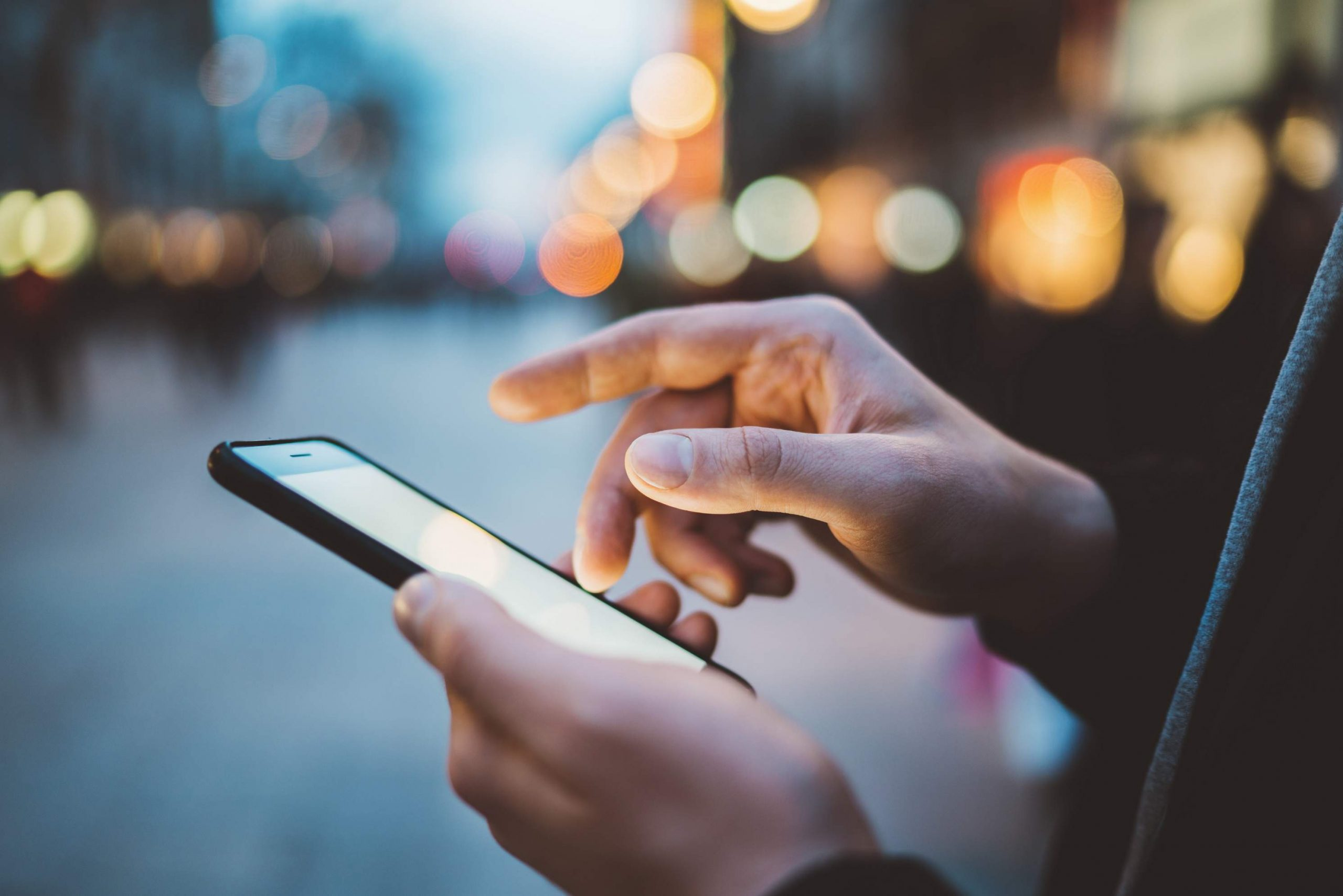 6 reikšmingi išmaniųjų telefonų privalumai