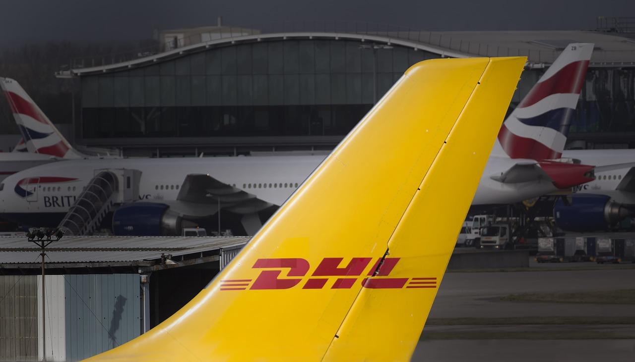 Kodėl verta siuntas gabenti su DHL?
